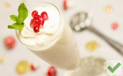Greek Yogurt - The Worst Bedtime Foods for Weight Loss